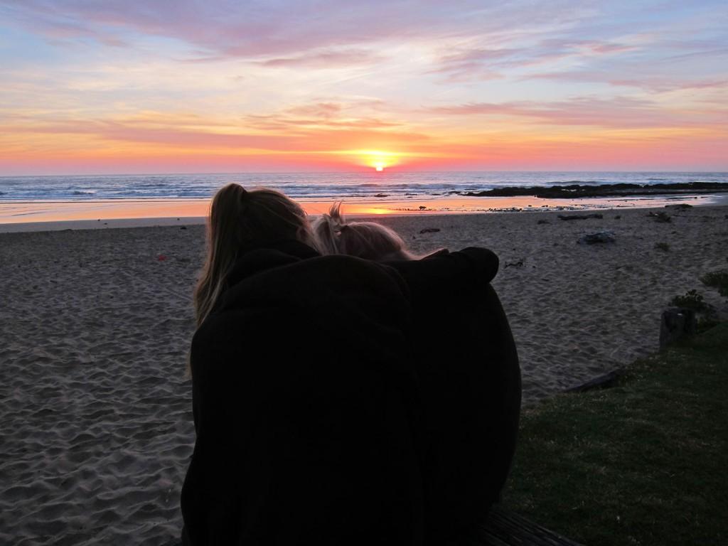 Vi hade skrattattacker under soluppgången 05:53 en helt vanlig torsdag. Vackert!